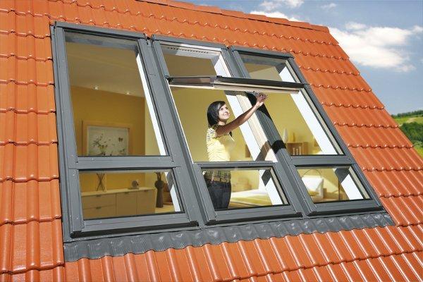 Yüksek-Pivot-Orta-Kayıtlı-Fakro-Pencereler