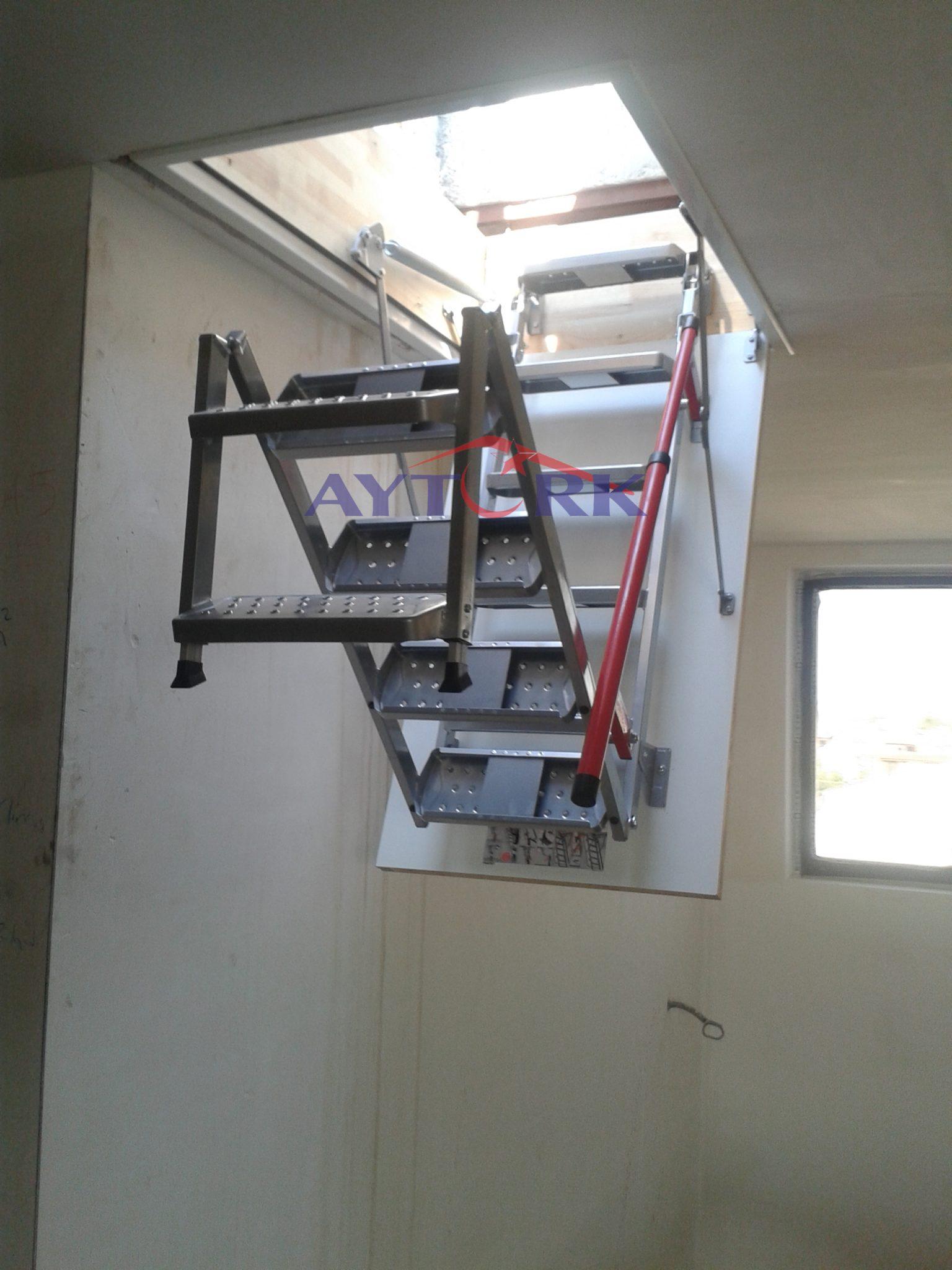 Lux Metal Çatı Merdiveni Modeli